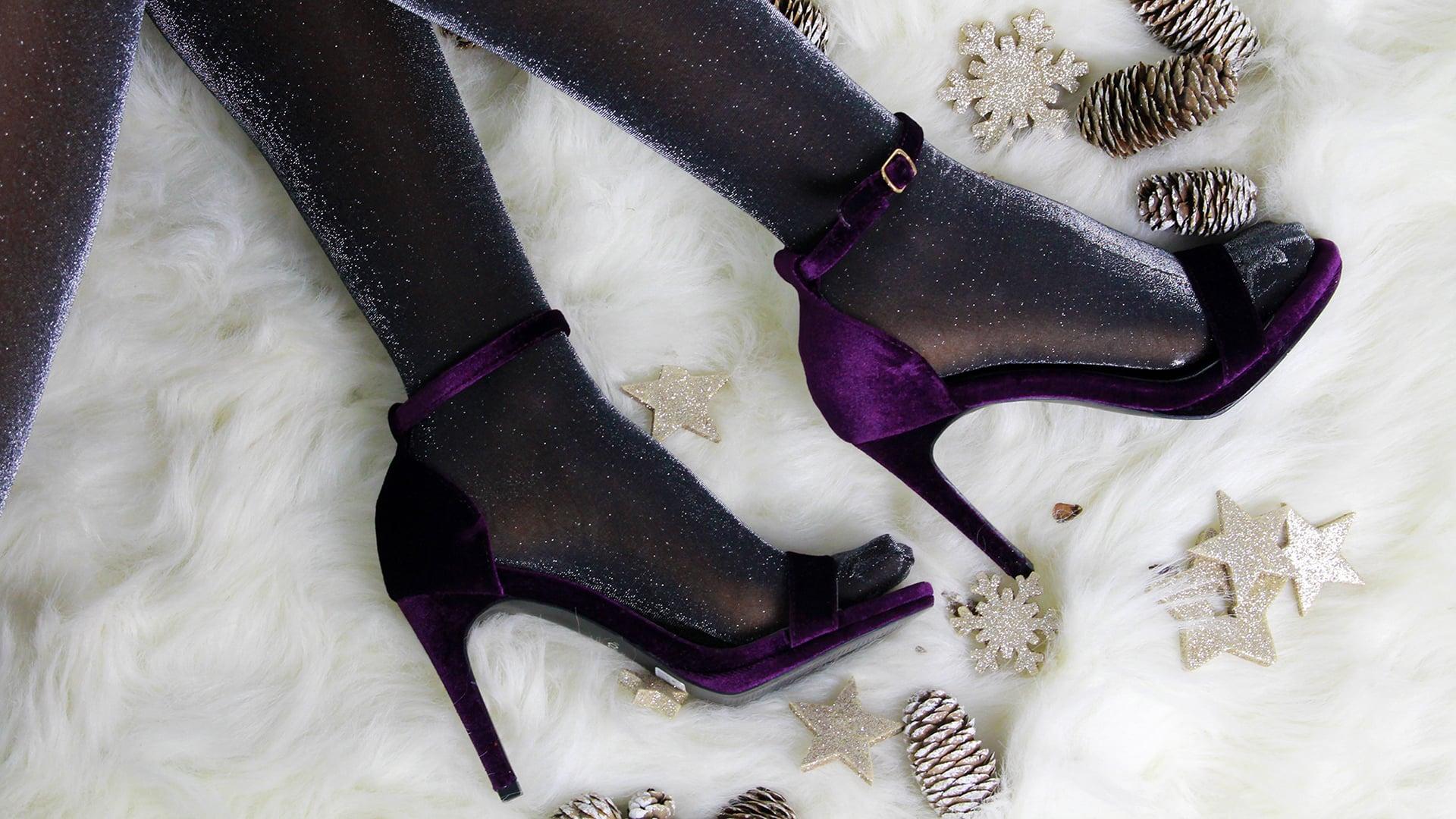Ποια παπούτσια & αξεσουάρ πρέπει να φορέσουμε αυτά τα Χριστούγεννα;