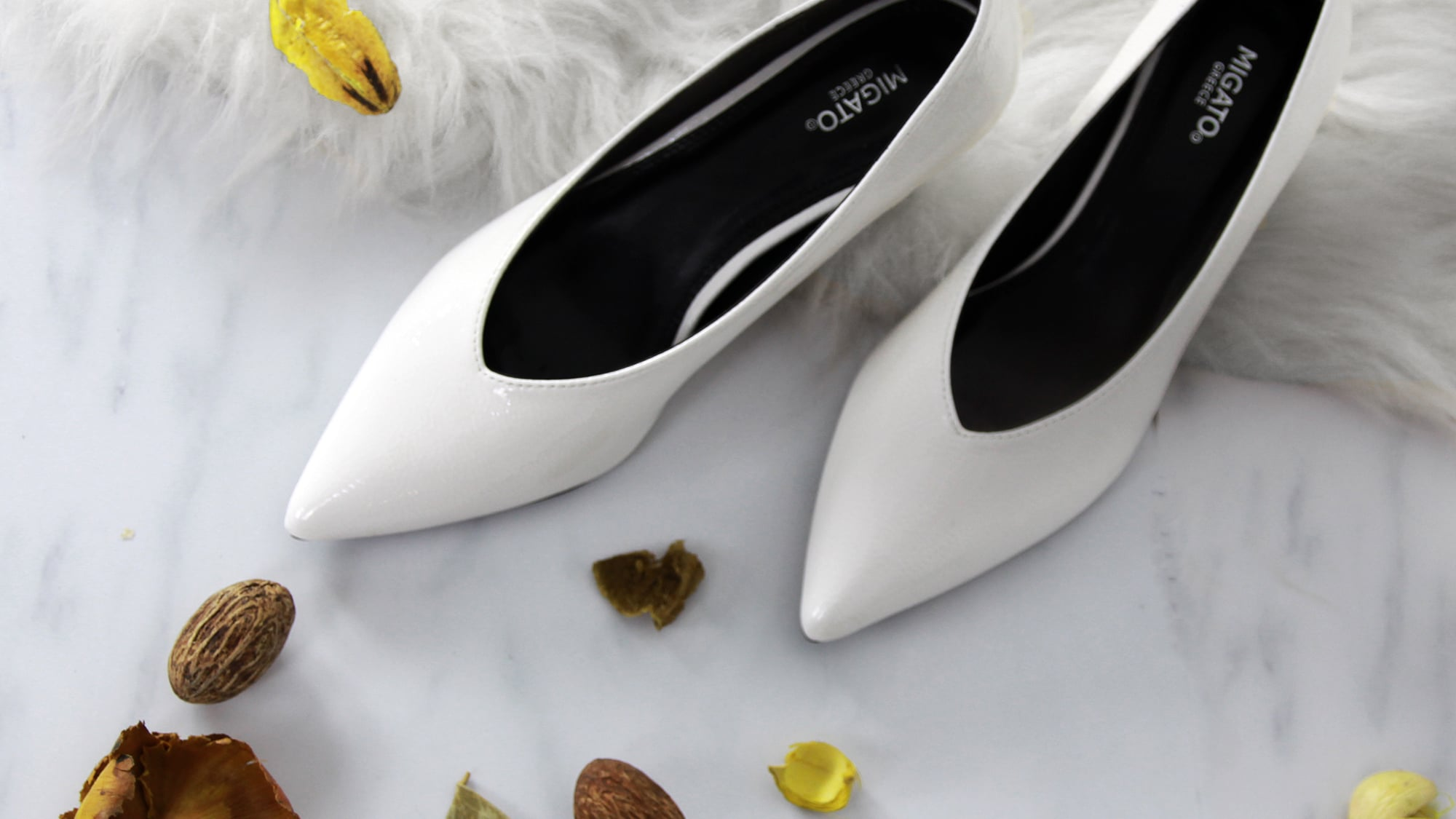 5 reasons why you need white shoes now!