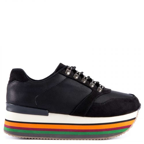 Black sneaker with multicolor platform