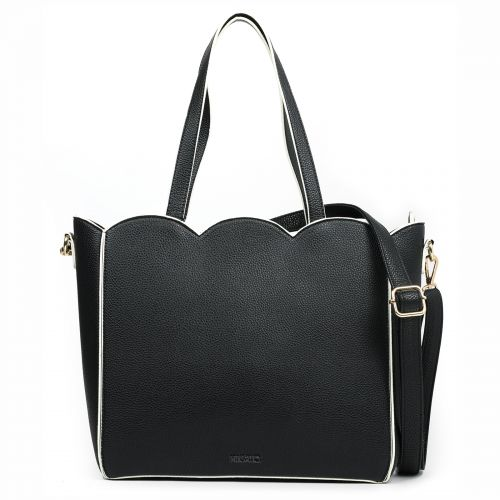 Black shopper with wavy ends