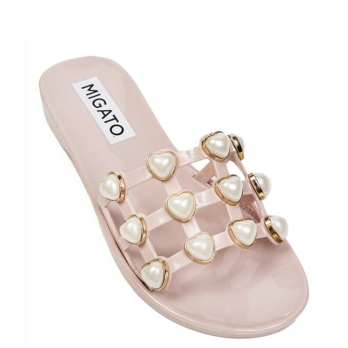 Pink flip flop with pearls