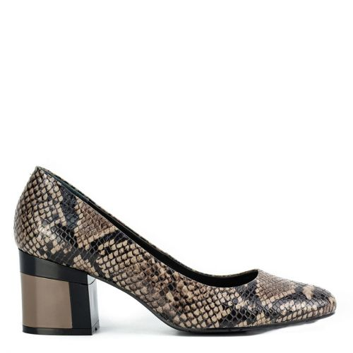 Taupe leather pump