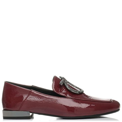 Burgundy loafer with buckle