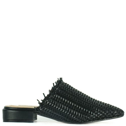 Black knitted pointy mule