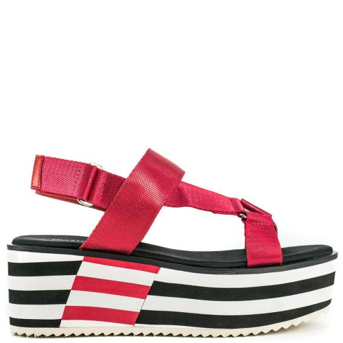 Red slide sandal with bands