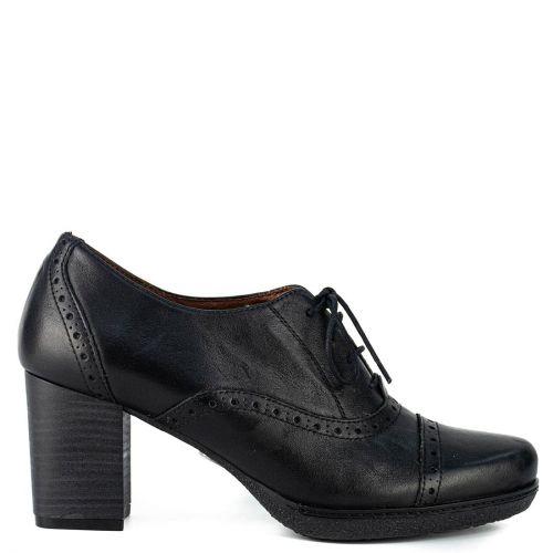 Black lace up leather low cut bootie