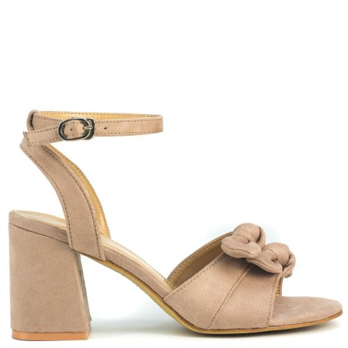 Nude sandal with bow