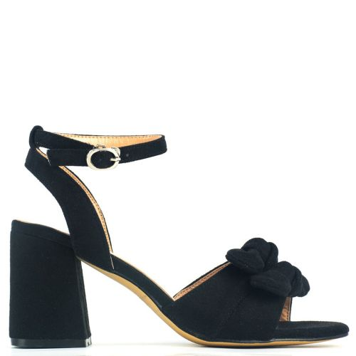 Black sandal with bow