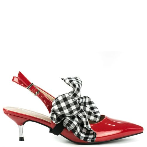 Red pump with bow