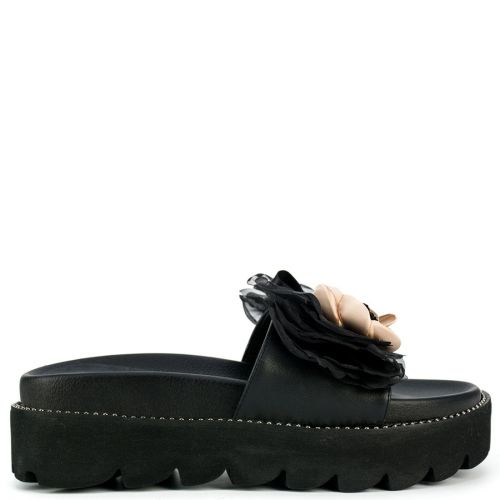 Black sandal with flowers