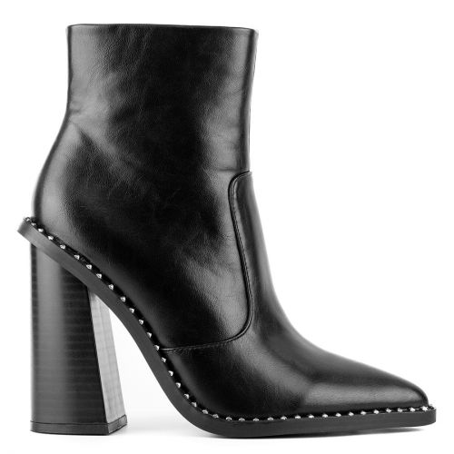 Black western boot with studs