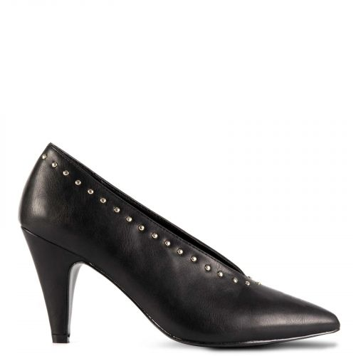 Black v-shaped pump with studs