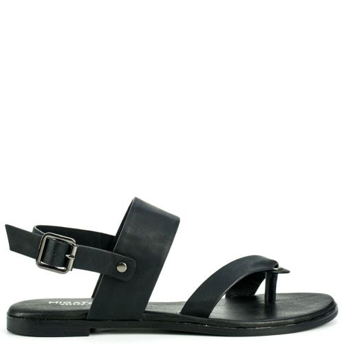 Black sandal with thong
