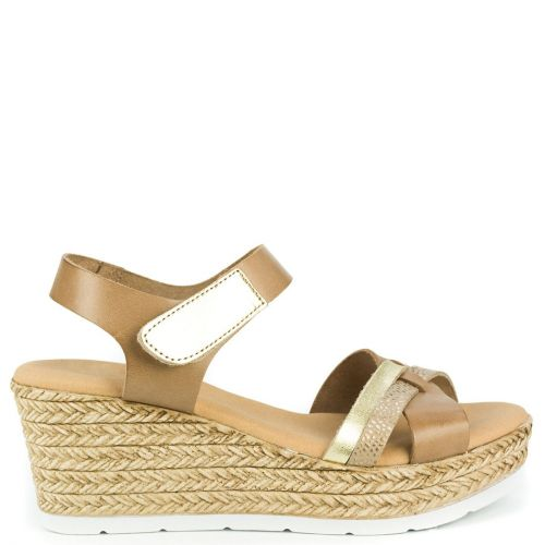 Taupe leather platform with crossed straps