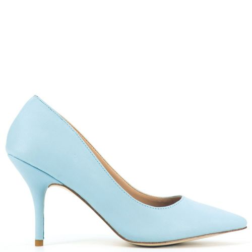 Pointy pump in light blue
