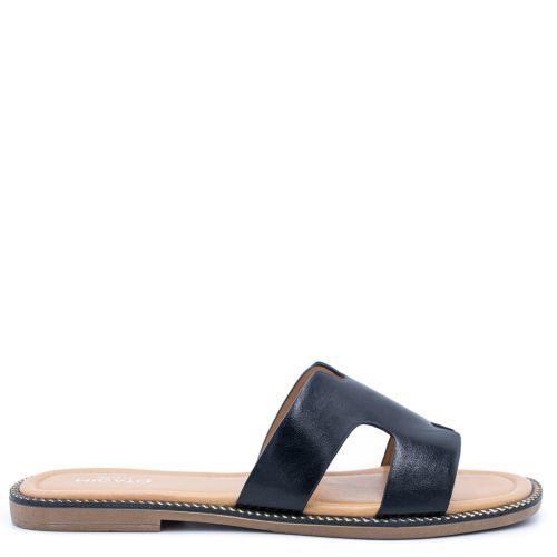 Black sandal with band