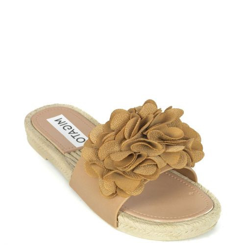 Beige flip flop with band