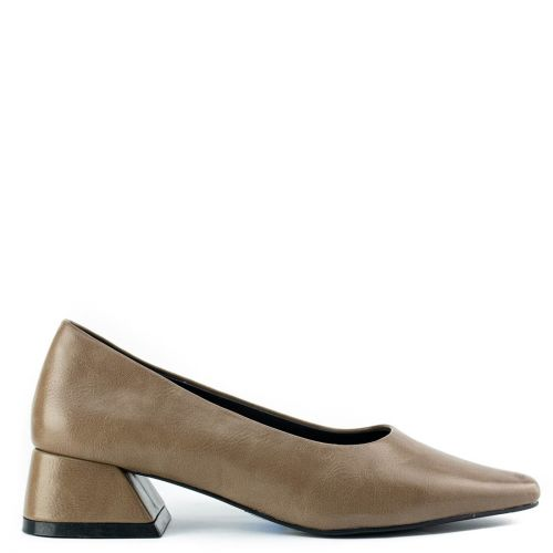 Taupe pump