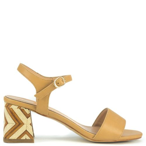 Camel sandal with wooden heel