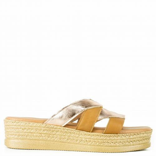 Camel leather flatform