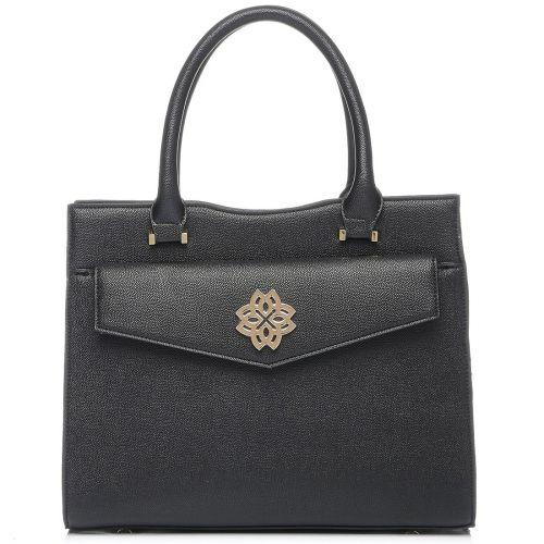 Μαύρη τσάντα με μεταλλική αγκράφα