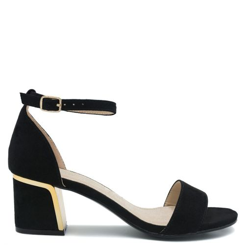 Black sandal with block heel