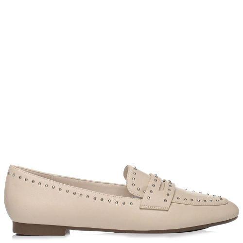 Μπεζ loafer με τρουκς