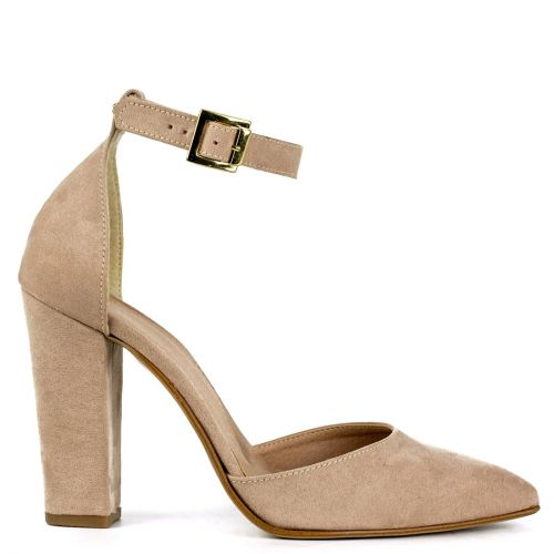 Nude pump with strap