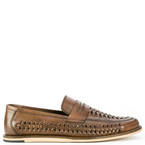 Leather brown shoe with woven design
