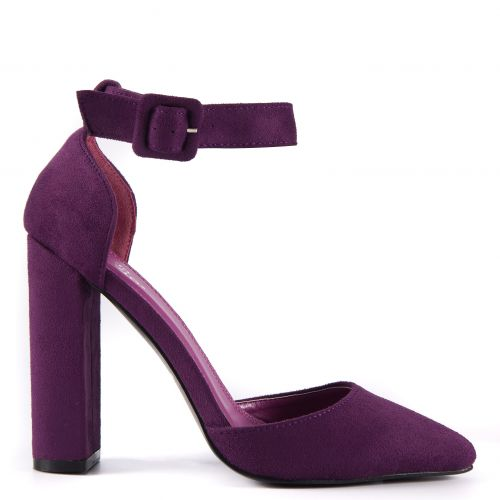 Purple pump with strap