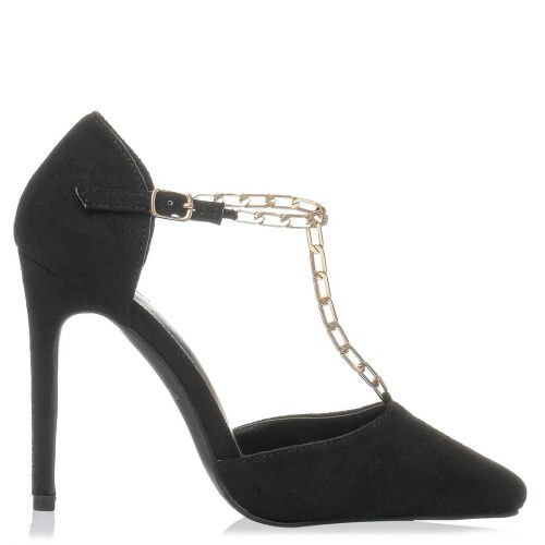 Black pump with chain