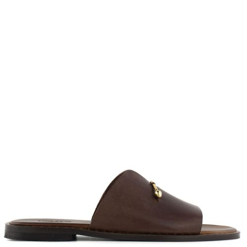 Brown leather sandal with band