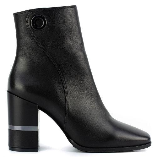 Black leather bootie