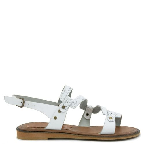 White flat leather leather sandal