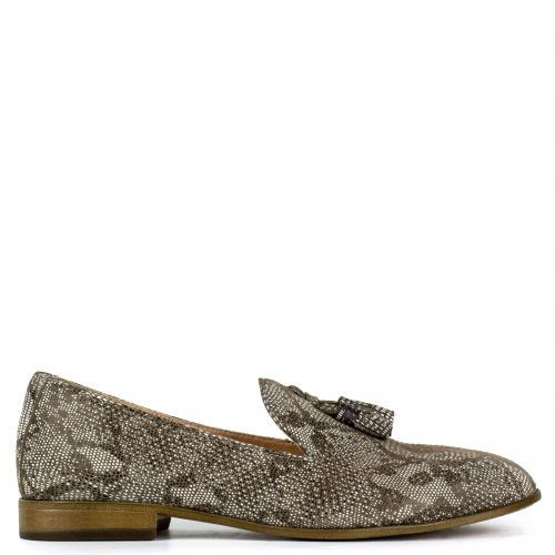 Beige snakeskin leather loafer