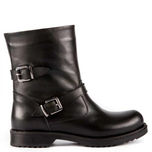 Black leather low cut bootie