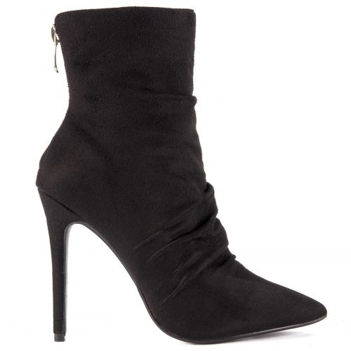Black high heel bootie with pleates