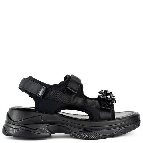 Black slide sandal with flowers