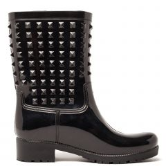 Black rain boot with embossed design