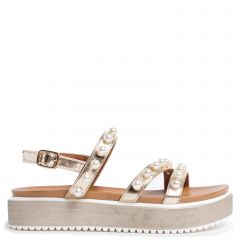 Flatform sandal in gold with pearls