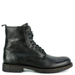 Men's black leather boot
