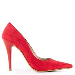Red pump in suede texture