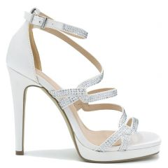 White high heel sandal with rhinestones