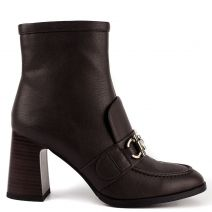 Brown bootie with buckle