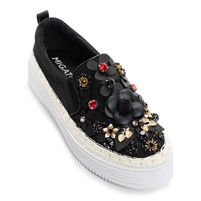 RN2017-L14 μαύρο sneaker με λουλούδια