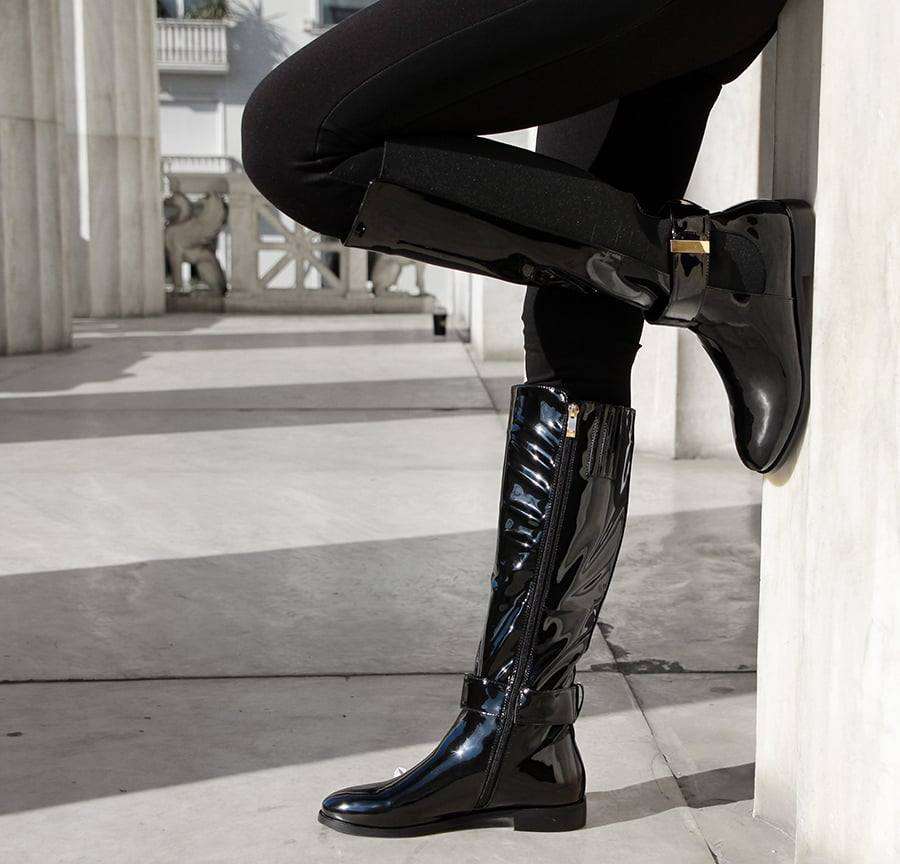 Black riding boot with buckle CR864-L14